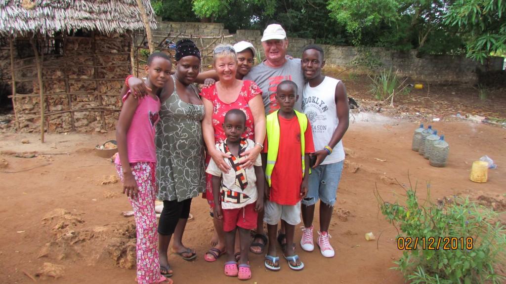 Familienbild mit Anneliese und Bernd Hoppe